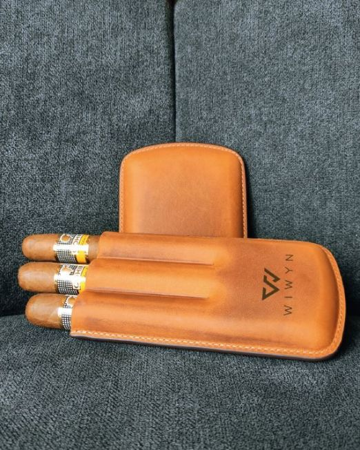 Personalized Leather Cigar Case